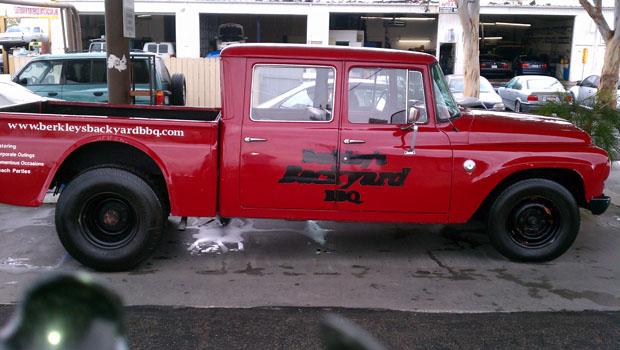 Berkleys Backyard BBQ Truck